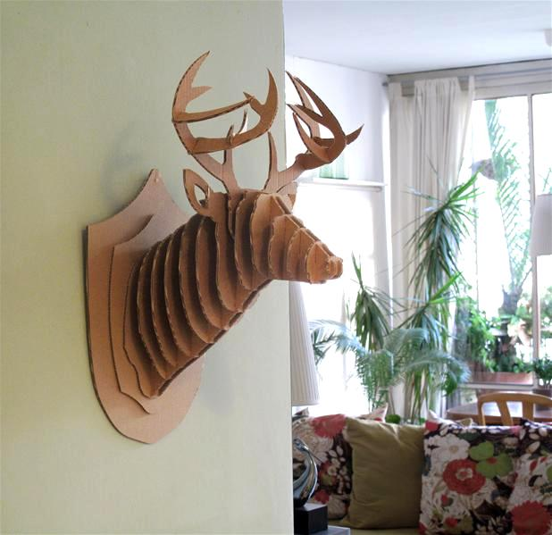 des t tes d 39 animaux pour faire peur aux enfants objets. Black Bedroom Furniture Sets. Home Design Ideas